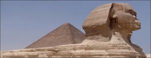 La esfinge y las piramides